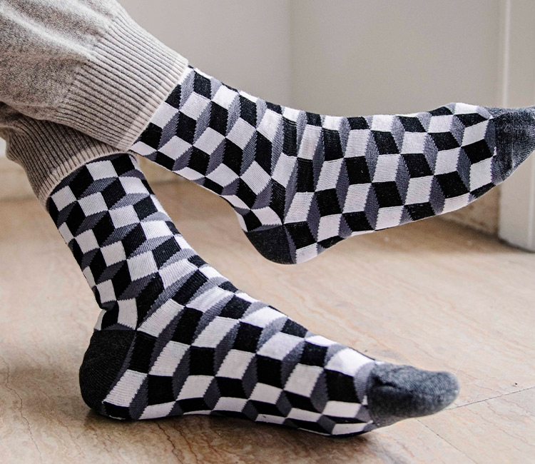 MEN LONG SOCKS